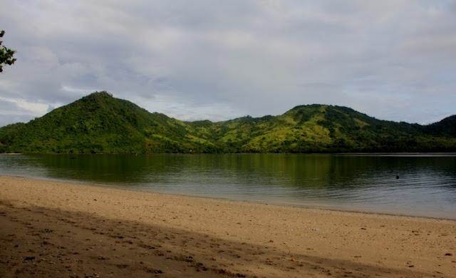 bay-tranquility-lombok-belongas