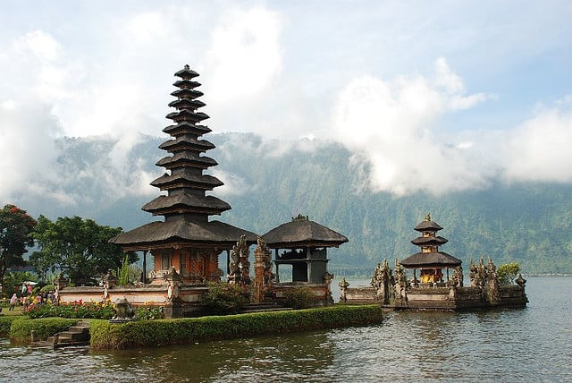 Bali travel tips indonesia things to do map and best for Where to stay in bali indonesia