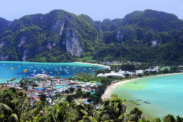 picture of koh phi phi beach