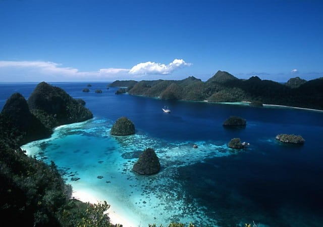scuba diving raja ampat liveaboard