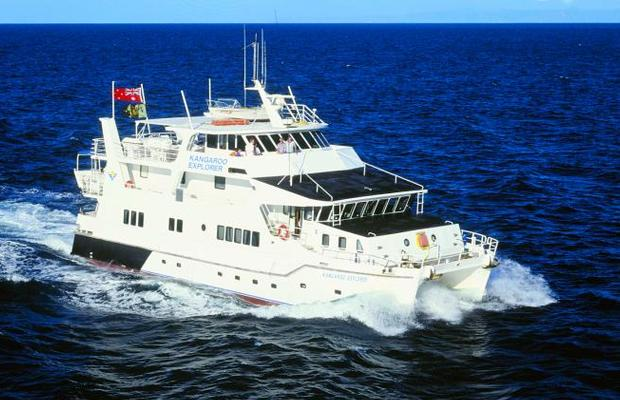 MV Kangaroo Explorer budget liveaboard great barrier reef