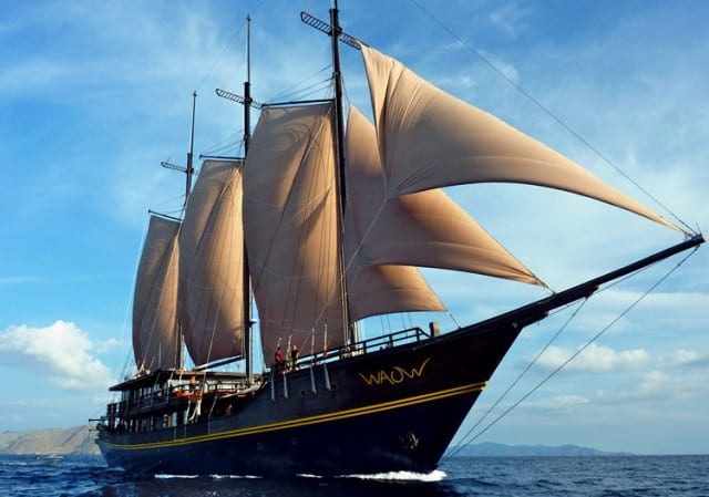 Waow Liveaboard Review Komodo Island Indonesia Dive