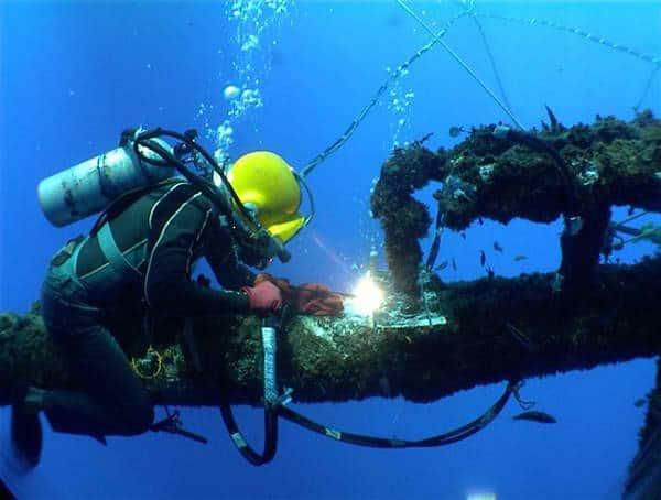 oil rig diver