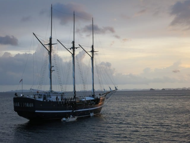 sailing-cruise-indonesia