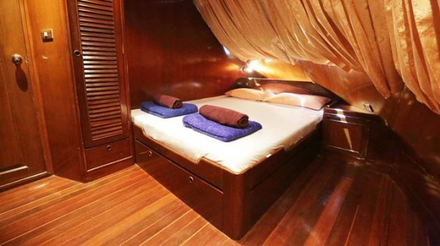 master cabin on the mv hallelujah at the similan islands