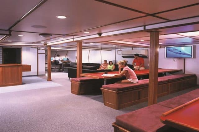solomon islands taka liveaboard indoor lounge