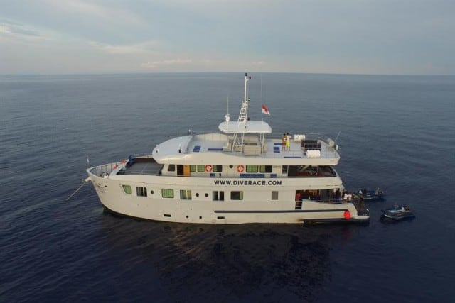 MV Diverace Class E Luxury Liveaboard Similan Islands