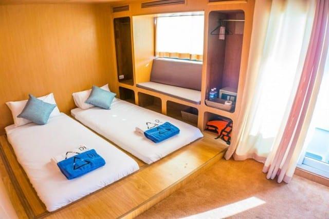 MV Diverace Class E Twin Cabin