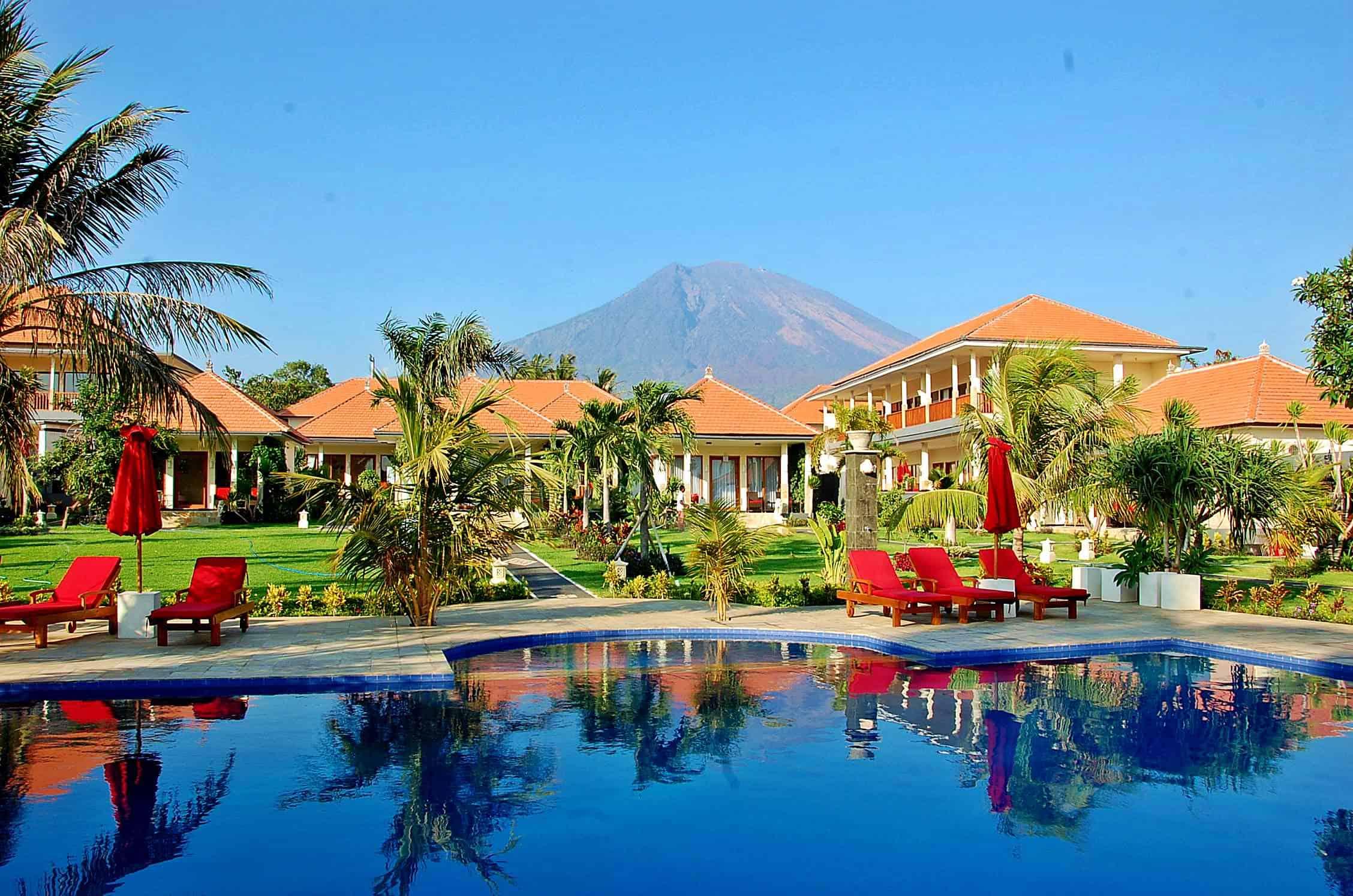 Bali dive resort and spa dive center reviews bali for Indonesia resorts bali