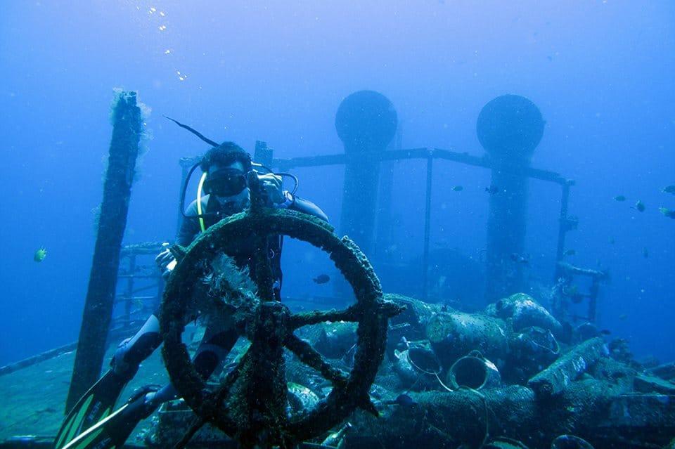 Baruna dive center dive center reviews bali indonesia - Deep blue dive centre ...