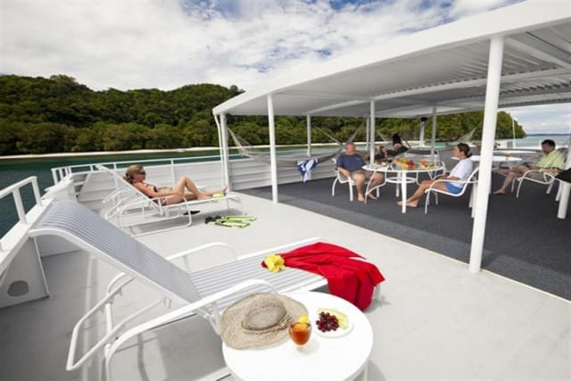 Rock Islands Aggressor / MV Tropic Dancer Sun Deck and Relaxing Area