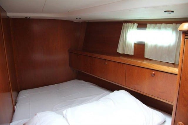 vision iii double cabin liveaboard review
