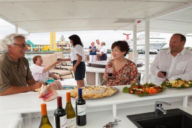 mv bahamas aggressor dining liveaboard review