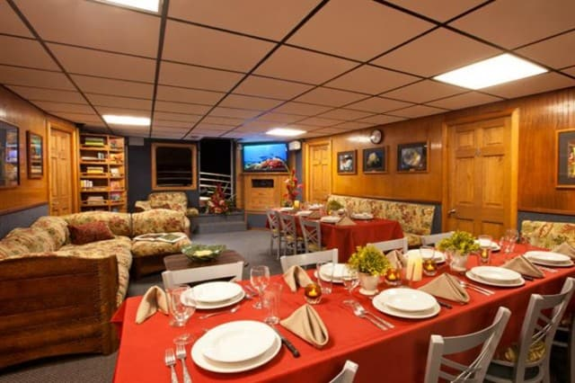 mv kona aggressor dining area liveaboard review
