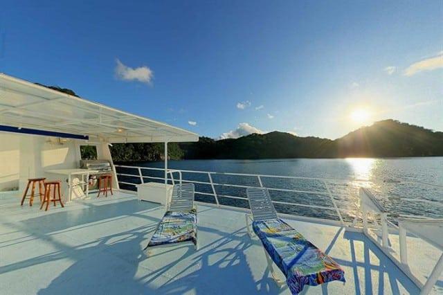 mv sea hunter sun deck liveaboard review