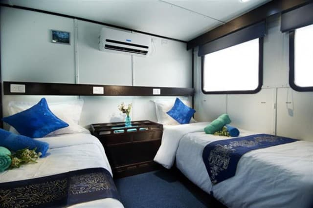 mv galapagos lower deck cabin liveaboard review