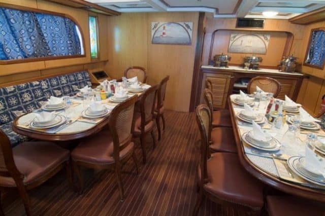 mv dreams dining area liveaboard review