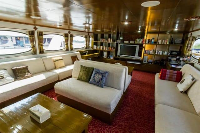 mv pawara indoor lounge salon liveaboard review