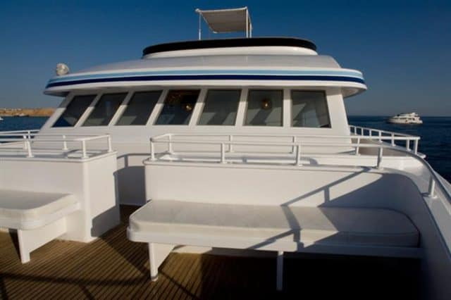 mv snefro love bow deck liveaboard review