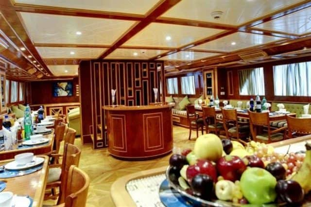 mv snefro love dining area liveaboard review
