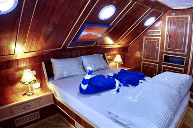 mv snefro love master suite liveaboard review