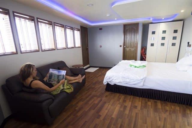 mv soleil 2 master cabin 2 liveaboard review