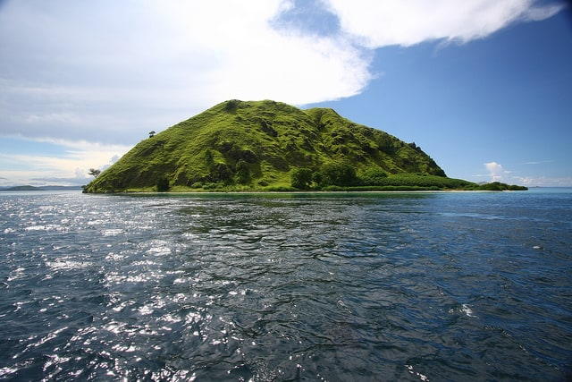 komodo liveaboard diving