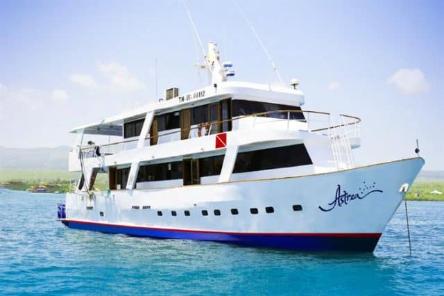 astrea budget galapagos liveaboard