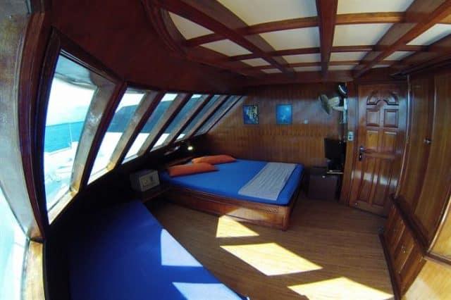 mv amba suite cabin liveaboard review
