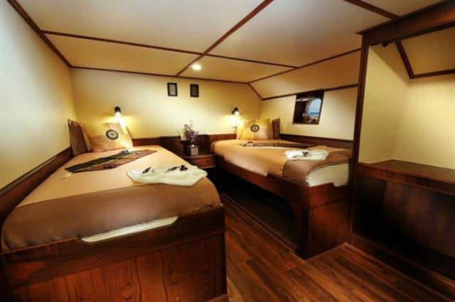 mv black manta ensuite cabin lower deck liveaboard review