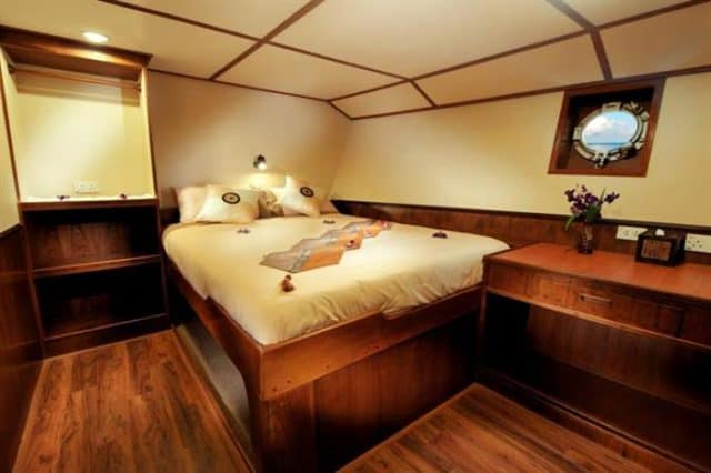 mv black manta ensuite cabins 7&8 liveaboard review