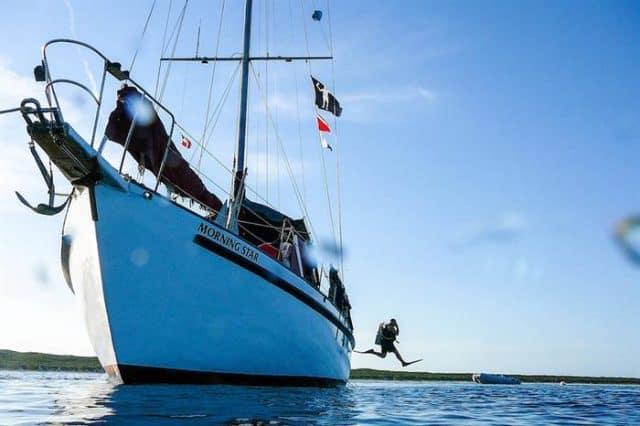 Blackbeard S Morning Star Liveaboard Review Bahamas