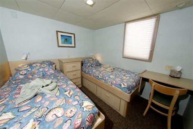 mv humbolt explorer twin cabin liveaboard review