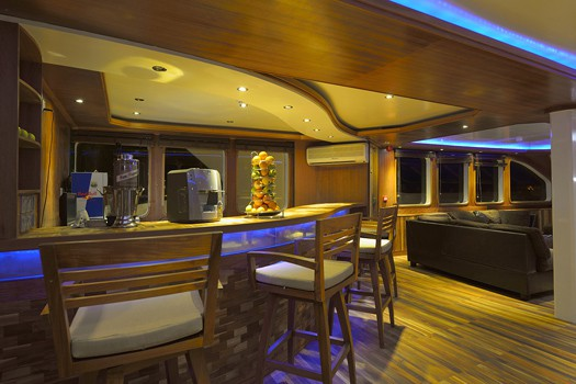 maldives princess liveaboard diving cruise
