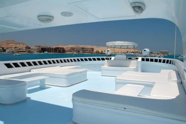 sundeck blue horizon liveaboard red sea diving cruise