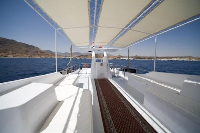 liveaboard-red-sea-king-snefro-5-outdoor