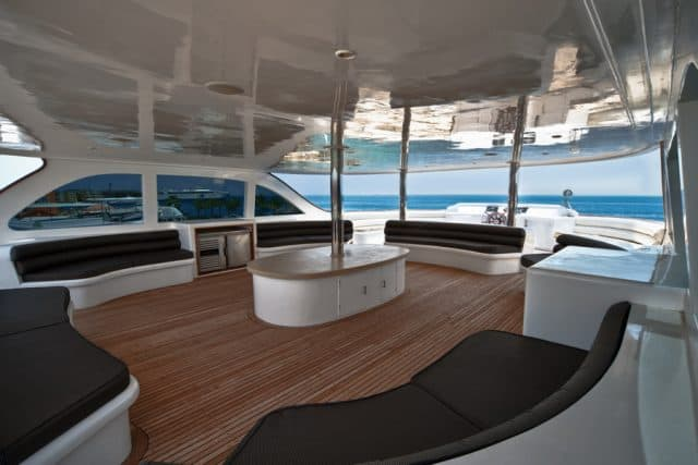 outdoor lounge scuba scene liveaboard diving red sea