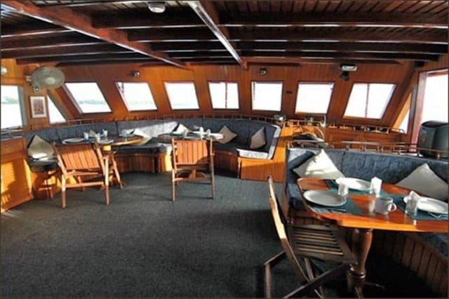 dining room sea spirit liveaboard maldives