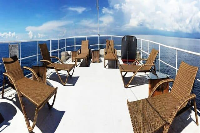 sun deck seadoors liveaboard diving philippines