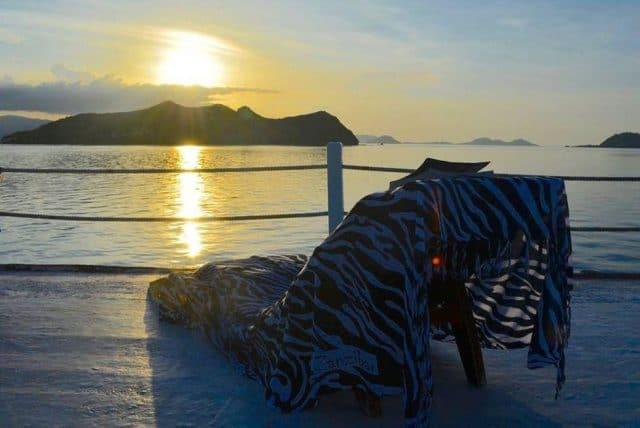 ari jaya charter budget liveaboard diving komodo indonesia