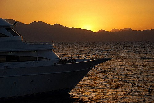 red sea liveaboard sunset
