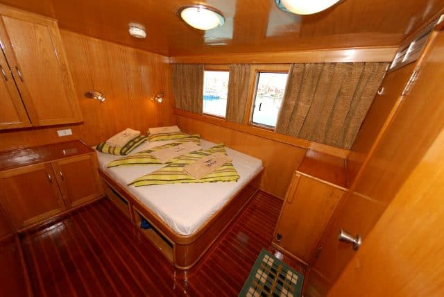 cabin lighthouse miracle 1 liveaboard scuba diving red sea