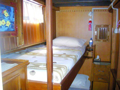 cabin nusa tara liveaboard diving indonesia