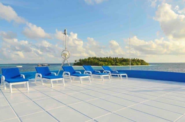 sundeck mv carina maldives liveaboard diving