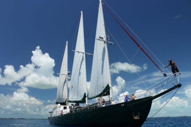 Juliet Sailing Amp Diving Liveaboard Review Bahamas Caribbean Dive Boat Reviews