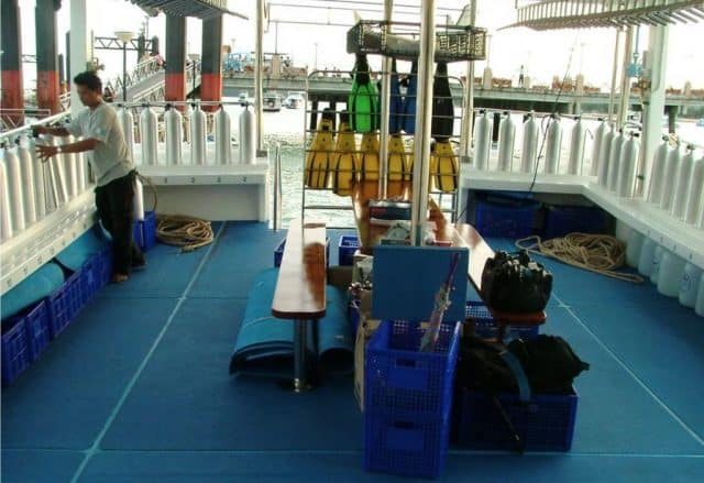dive deck south siam 4 somboon 4 liveaboard diving thailand