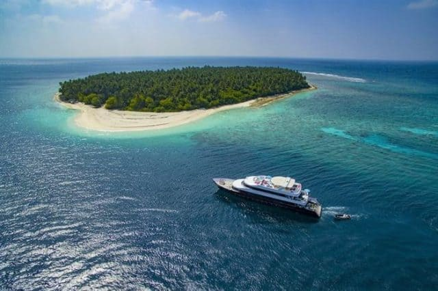azalea maldives most luxurious liveaboard in the world