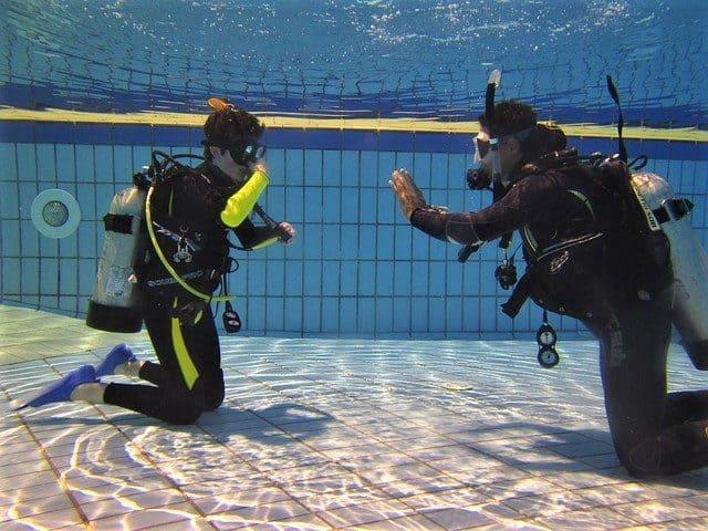 solo diving diver scuba certification