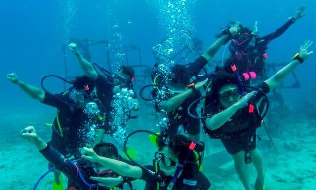 best scuba diving center singapopre